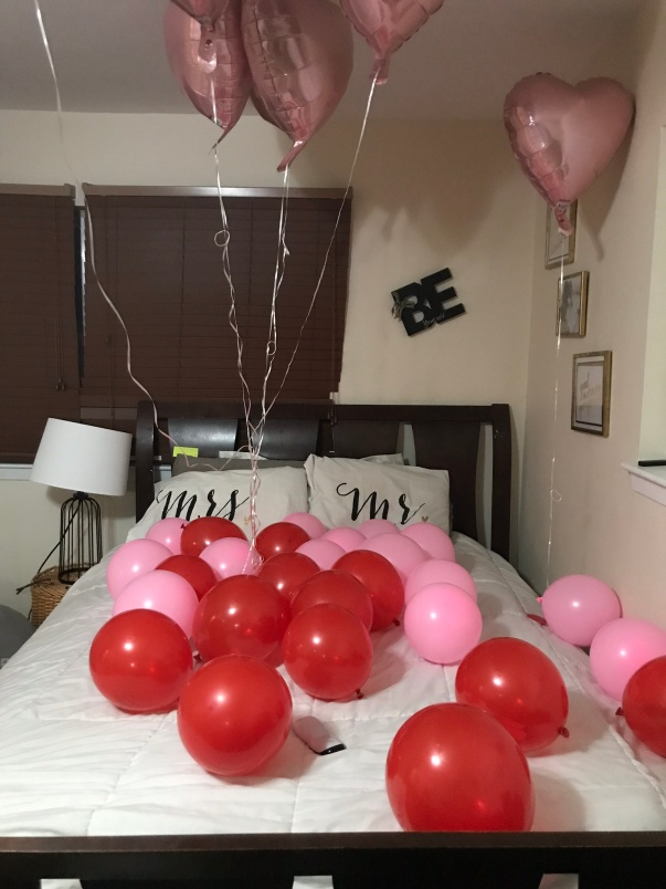 Gift idea: I put 37 messages inside of 37 balloons to show my husband the 37 reasons I love him for his 37th birthday. #giftideas #husbandgifts #goodmarriage #christianmarriage #christianwife #married #marriagegifts