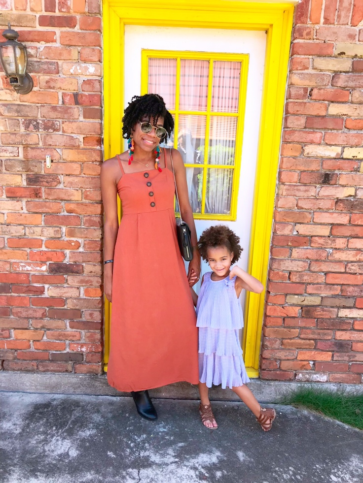 Every girl needs someone to look to...who has hair that looks like hers. #naturalhair #naturalhaircare #naturalhairmovement #curlyhair #mommyandme #mommyandmephoto #mommyandmefashion #curlyhair