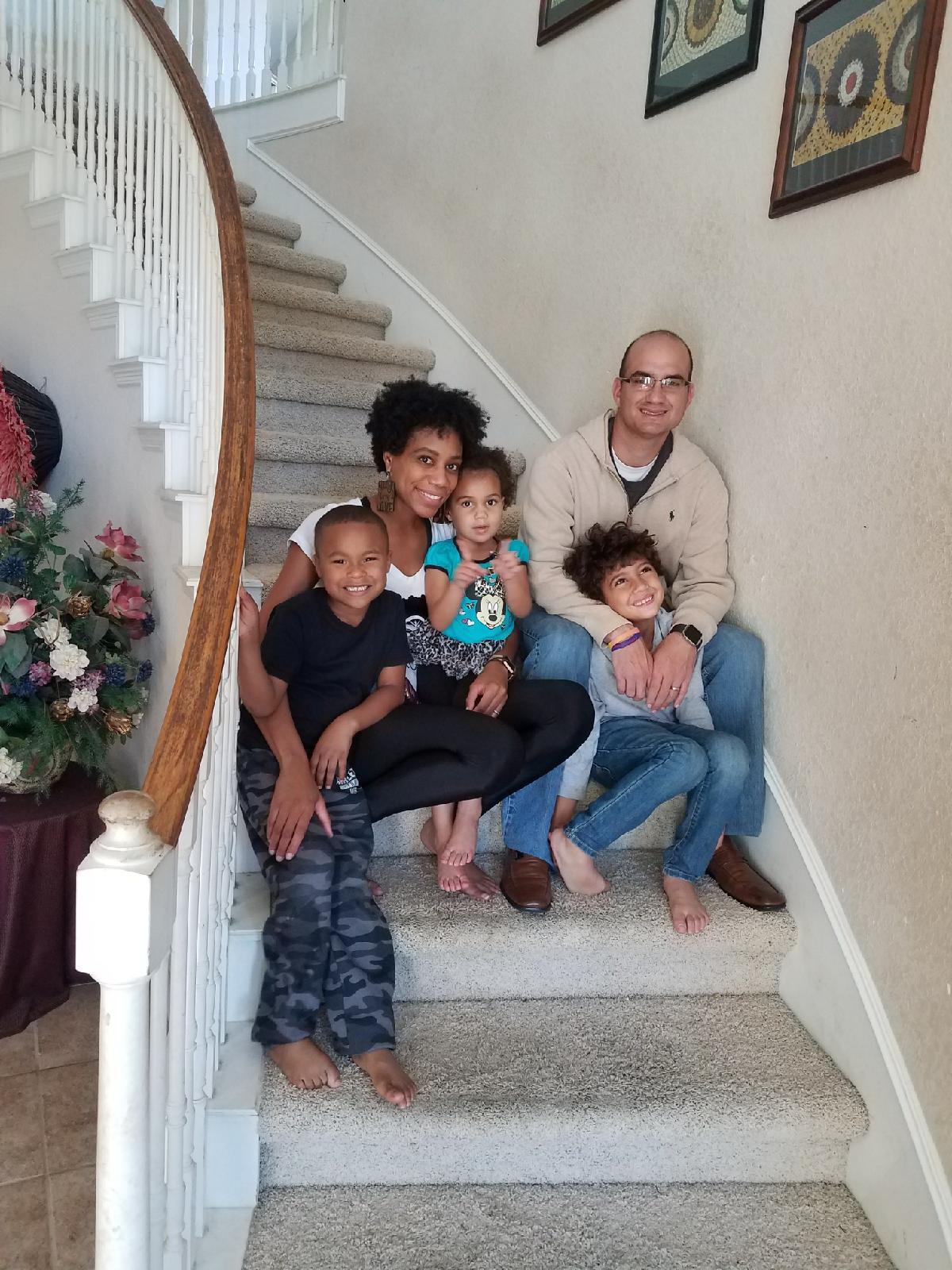 Stair photos.   #familyphotos #familyphotoideas #stairphotos #familyphotoshoot #kidsphotoideas