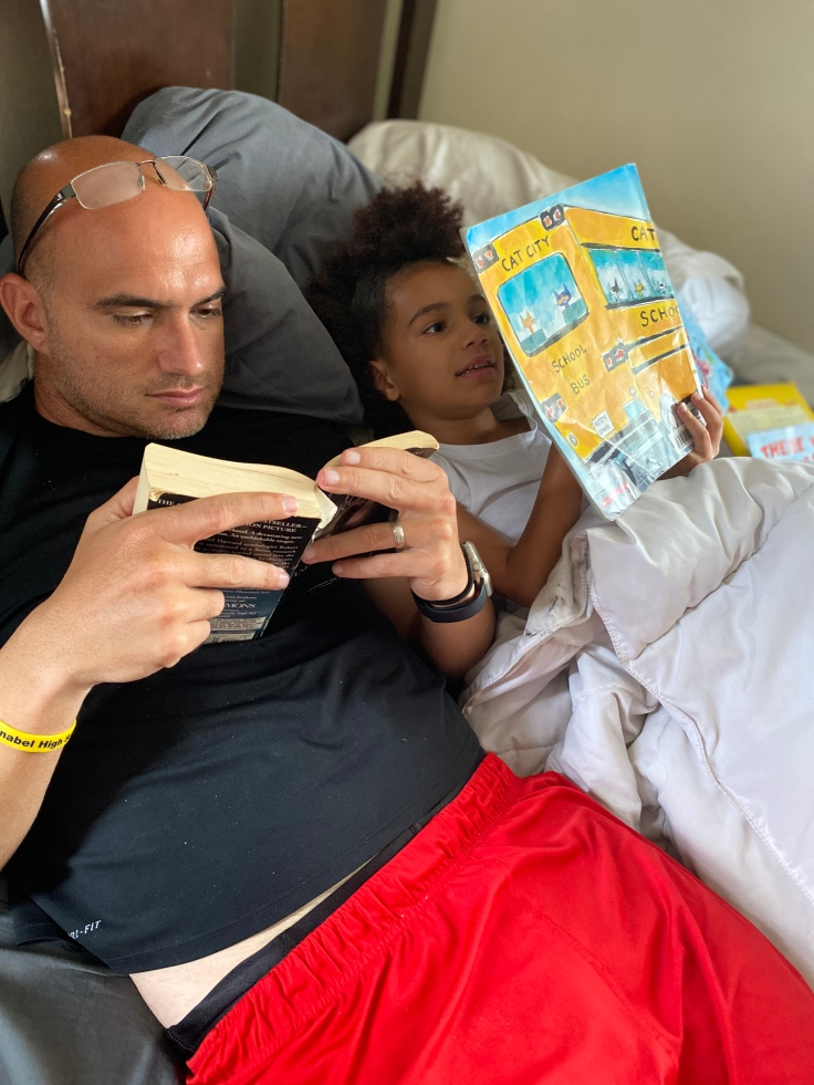 Summer Activity - Read a Book #summeractivities #summerbucketlist #summerfun #kidsactivities #freeactivitiesforkids #cheapactivitiesforkids